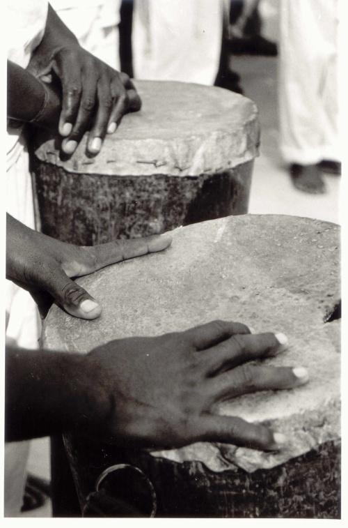 maos e tambores